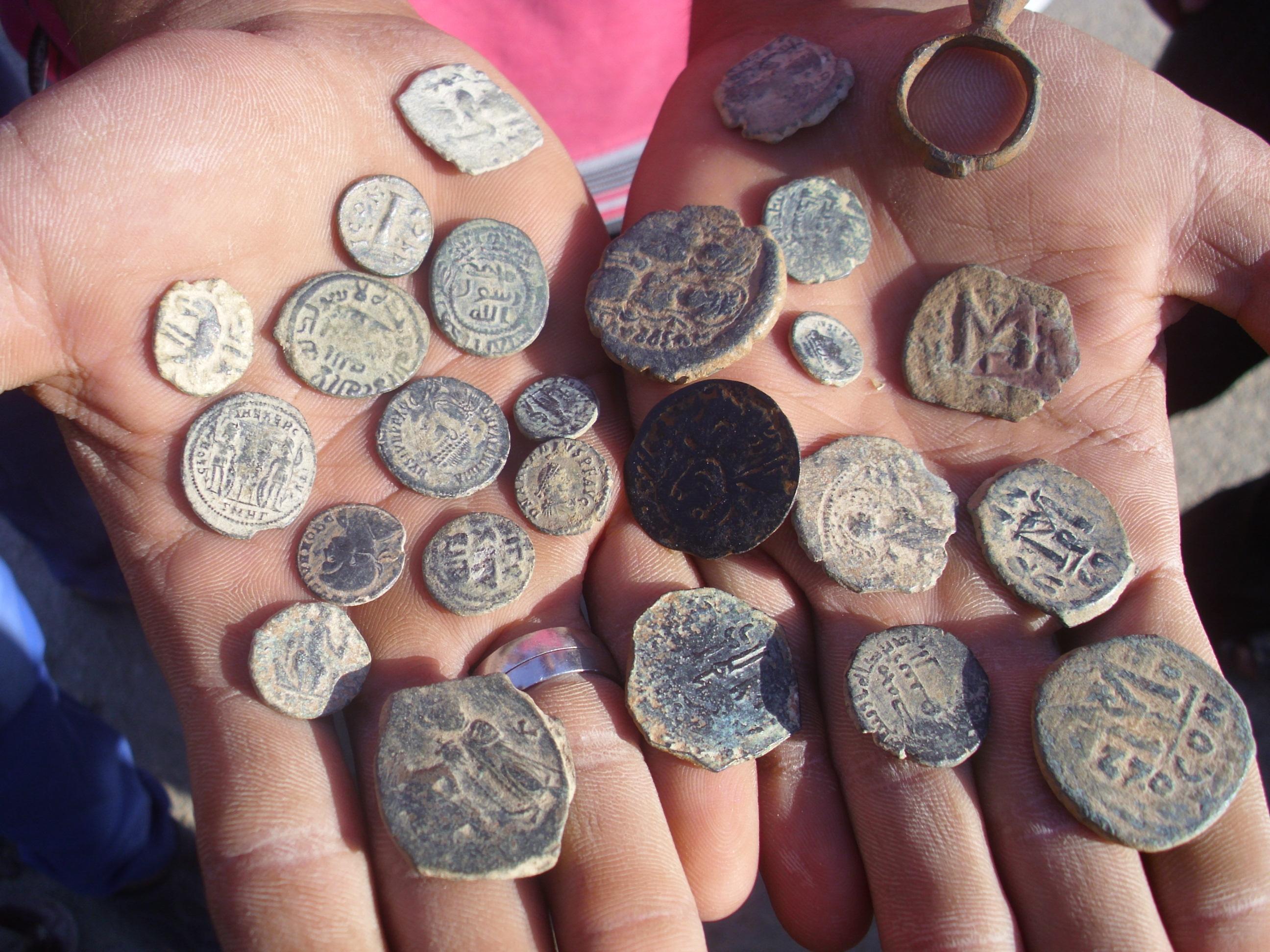 Antike Münzen aus den fruchtbaren Äckern Nord-Syriens