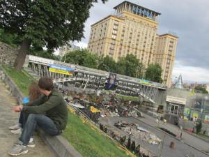 Gibt Rätsel auf - das Hotel Ukraina, vis-à-vis zum Maidan - (c) Billy Six
