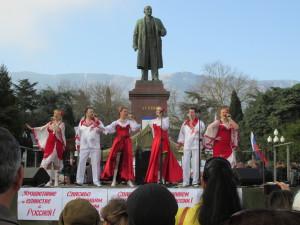 Volksfest Anti-Maidan in Jalta (Krim) im März 2014: Lenin als nationale Identität